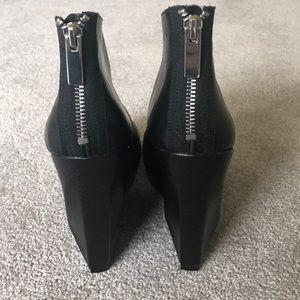Dolce Vita Shoes - Dolce Vita 'Fury' Bootie wedge platform sz 9